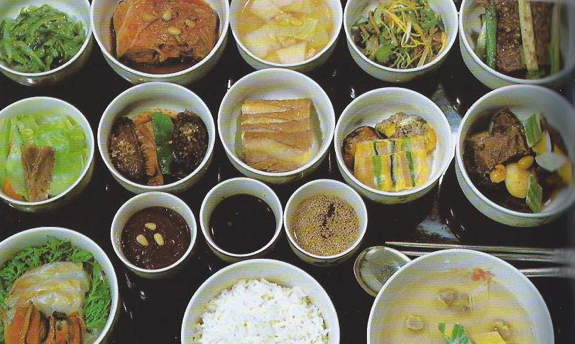 image showing Koreans use silver chopsticks in order to detect if their food is poisoned